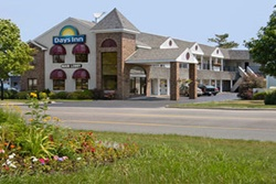 days inn lakeview pet friendly hotel in mackinaw city mackinac county dogs allowed hotels