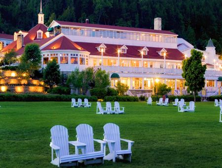 pet friendly hotel in mackinac